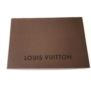 "Louis Vuitton Empty box 8"" x 11,6"" x 2"""